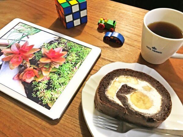 iPadとケーキ